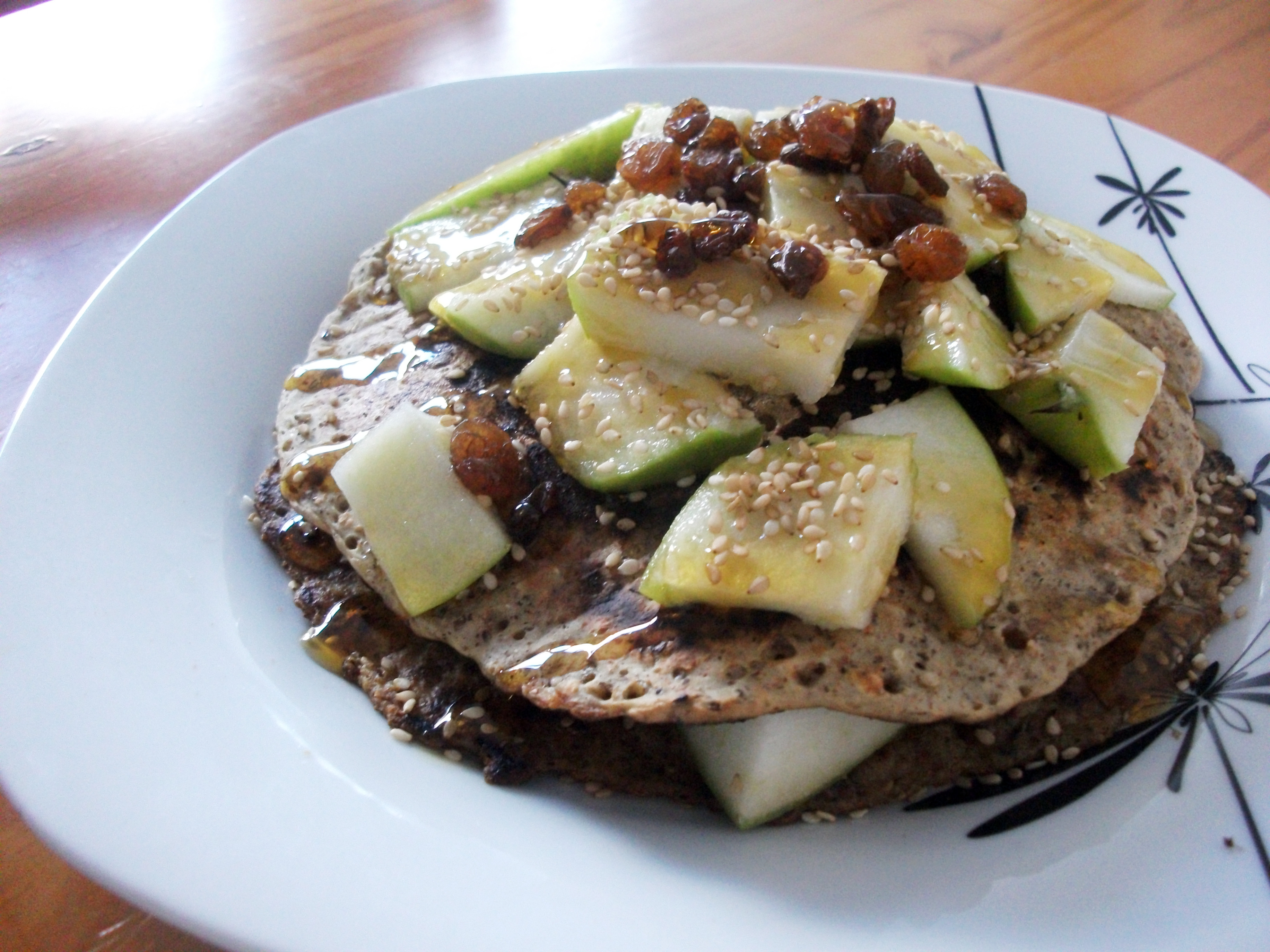 Vegan Oat Pancakes with Apple, Raisins & Sesame Seeds, great for ...